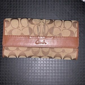 Brown Coach Wallet (authentic)